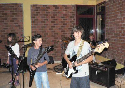 modernmusicacademy-prosotsani- (2)